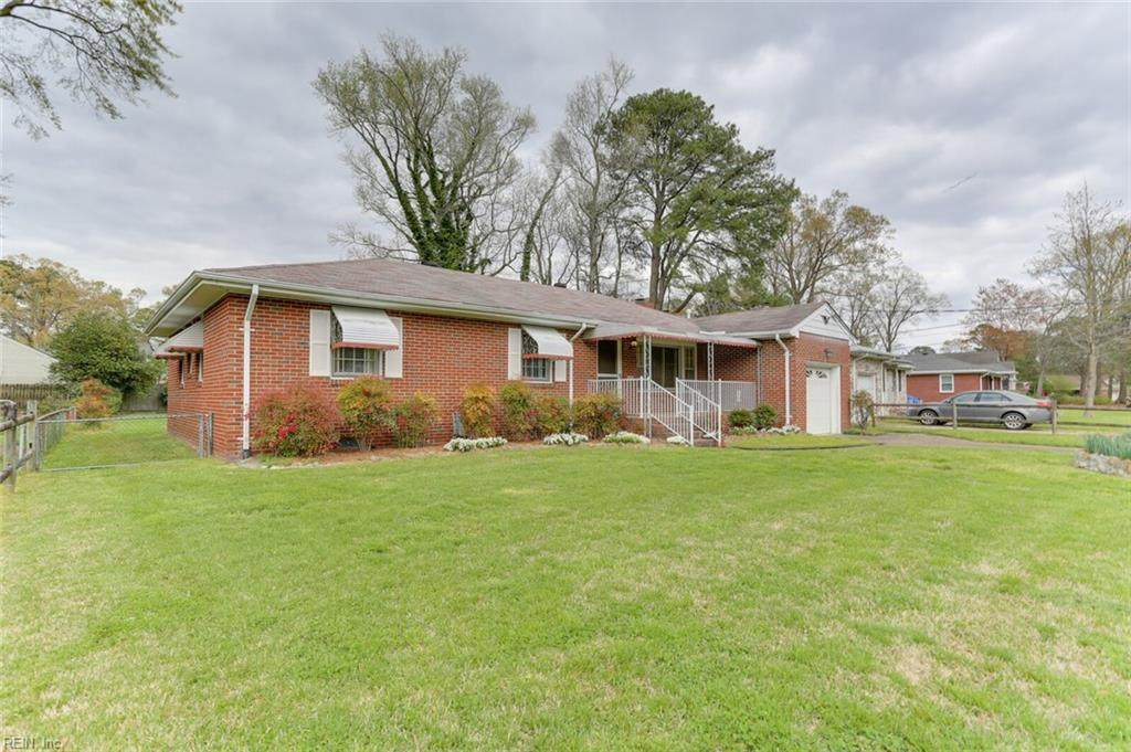 2216 Delwood Rd - Photo 1