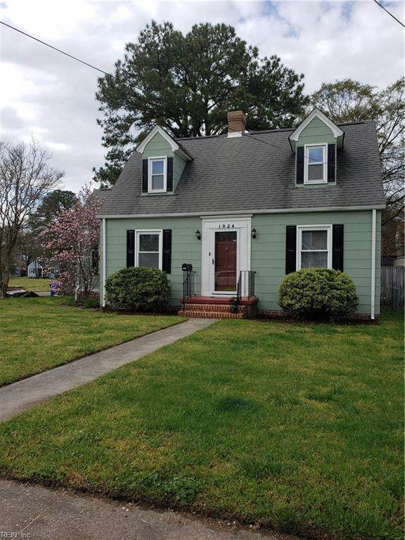1924 Boston St, Portsmouth, VA 23704 (#10370211) :: Tom Milan Team