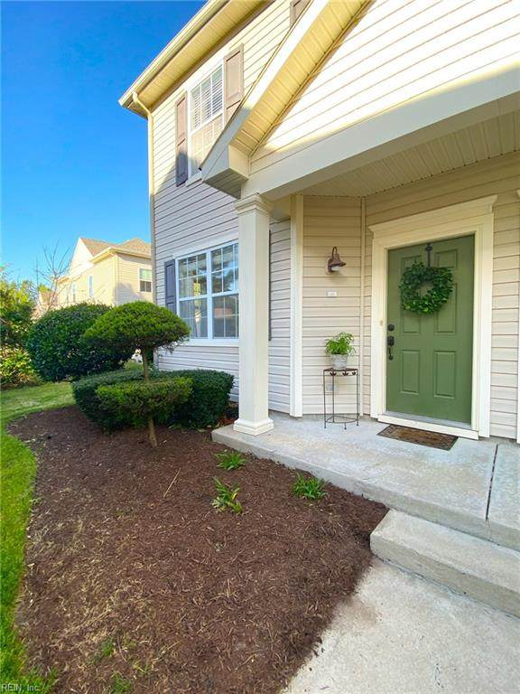 1435 Titchfield Dr, Chesapeake, VA 23322 (#10371399) :: Team L'Hoste Real Estate