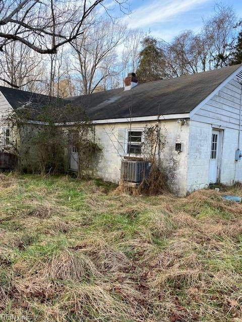 1124 Hallieford Rd, Mathews County, VA 23109 (MLS #10371497) :: AtCoastal Realty