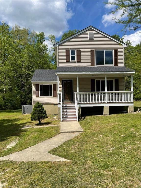 3380 Chickahominy Rd, James City County, VA 23168 (#10372597) :: The Kris Weaver Real Estate Team
