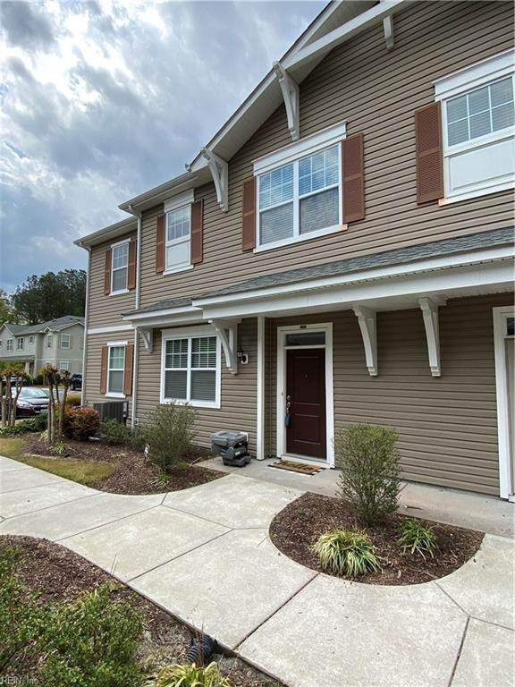 4340 Farringdon Way, Chesapeake, VA 23321 (#10372640) :: Berkshire Hathaway HomeServices Towne Realty