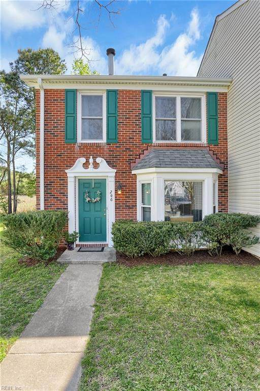 206 Arabian Cir, York County, VA 23693 (#10372736) :: Berkshire Hathaway HomeServices Towne Realty
