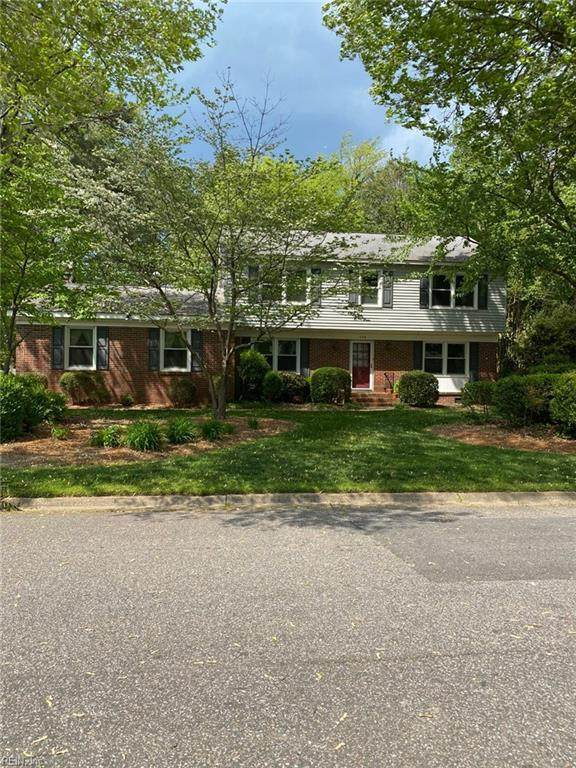 708 Prince Charles Ln, Virginia Beach, VA 23452 (#10373035) :: Berkshire Hathaway HomeServices Towne Realty