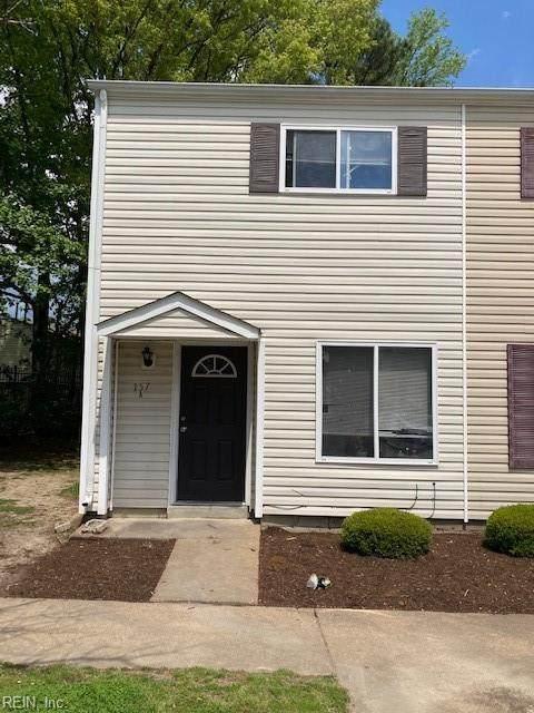 157 Delmar Ln A, Newport News, VA 23608 (#10373138) :: Kristie Weaver, REALTOR