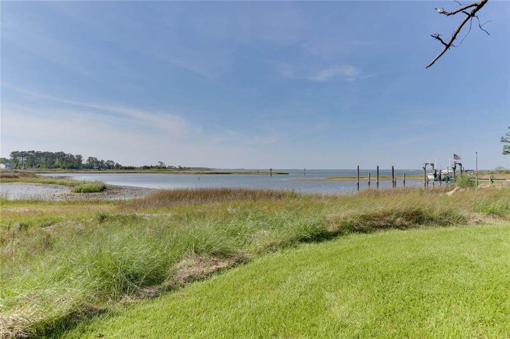 209 Browns Neck Rd - Photo 1