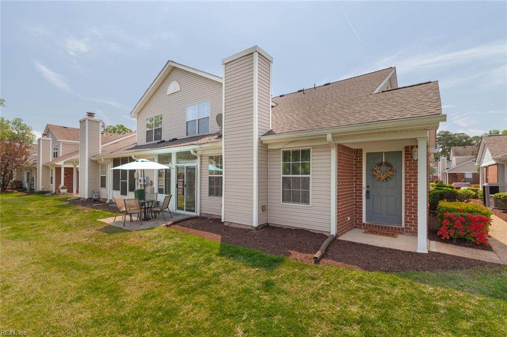 1631 Orchard Grove Dr - Photo 1