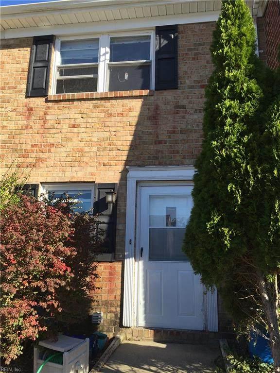 935 Maryland Ave - Photo 1