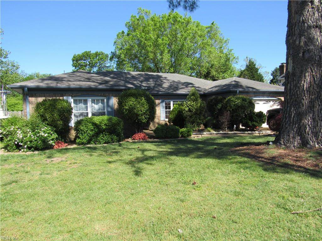 1205 Moorefield Ct - Photo 1
