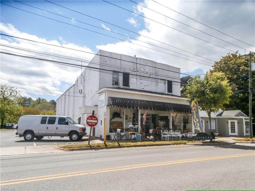 390 Chesapeake Dr - Photo 1