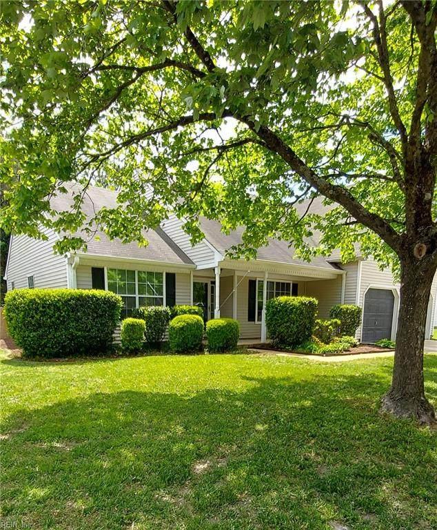 1401 Hillside Ave, Chesapeake, VA 23322 (#10376615) :: Kristie Weaver, REALTOR