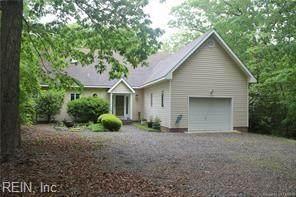 335 Mallard Dr, Middlesex County, VA 23070 (#10376696) :: Kristie Weaver, REALTOR