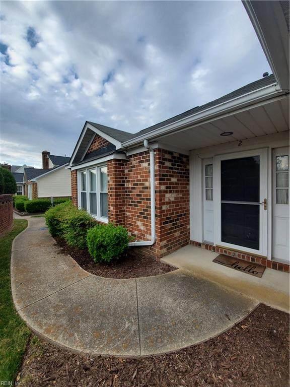 2 Williamsburg Dr, Hampton, VA 23666 (#10376990) :: Berkshire Hathaway HomeServices Towne Realty