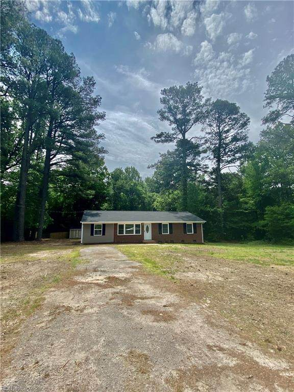 9217 S Quay Rd, Suffolk, VA 23437 (#10377184) :: The Bell Tower Real Estate Team