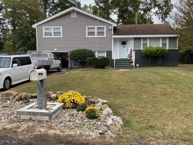 4223 Goldcrest Dr, Chesapeake, VA 23325 (#10377208) :: The Kris Weaver Real Estate Team