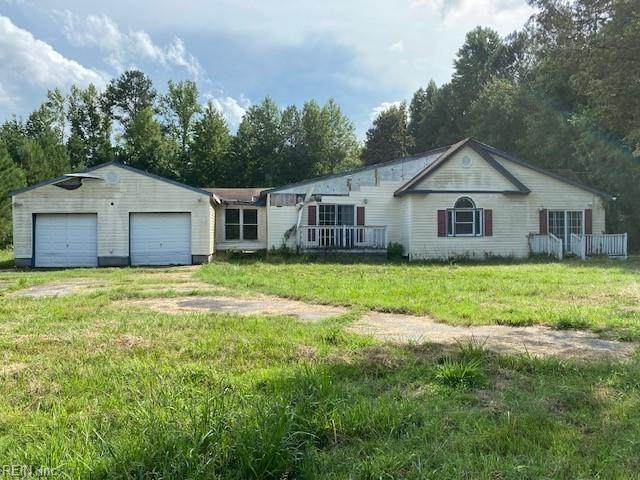 9518 W Blackwater Rd, Isle of Wight County, VA 23487 (MLS #10377624) :: Howard Hanna Real Estate Services