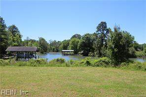 815 Holly Point Rd - Photo 1