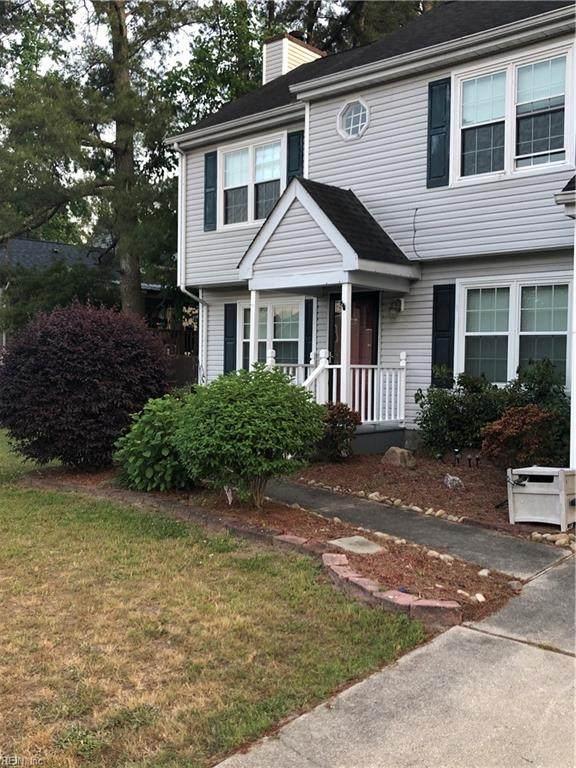 2303 Skipjack Ln, Chesapeake, VA 23323 (#10378623) :: Berkshire Hathaway HomeServices Towne Realty