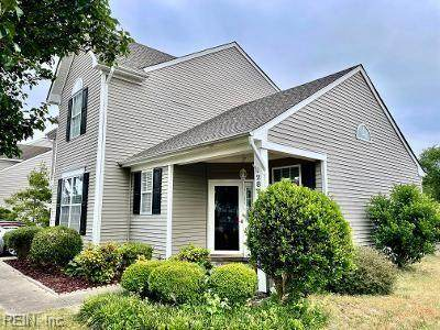 2821 Pitt Saw Ln, Chesapeake, VA 23323 (#10379150) :: Berkshire Hathaway HomeServices Towne Realty