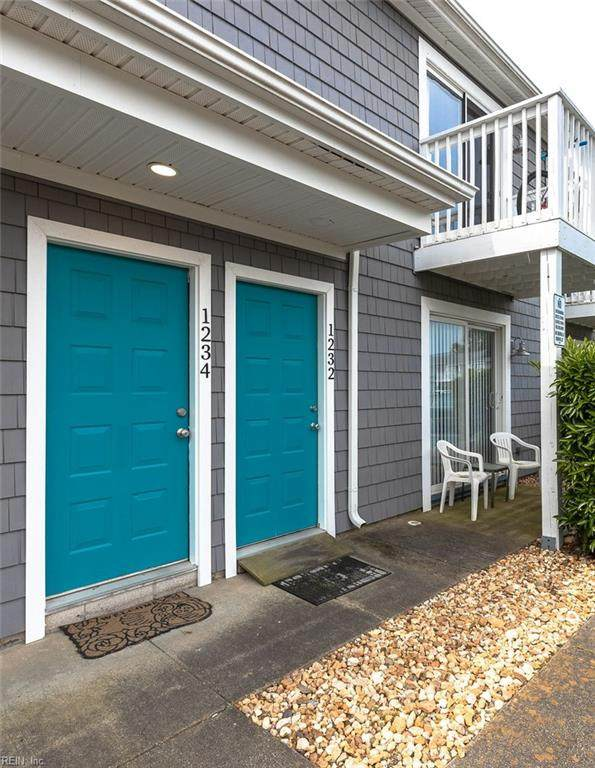 1234 Indian Rd, Virginia Beach, VA 23451 (#10379355) :: Berkshire Hathaway HomeServices Towne Realty