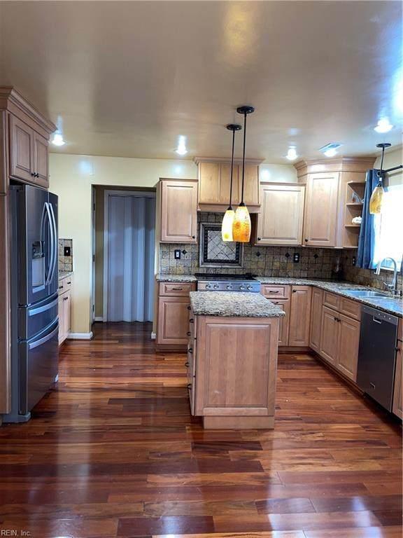 1245 Woods Way, Chesapeake, VA 23323 (#10380639) :: Encompass Real Estate Solutions