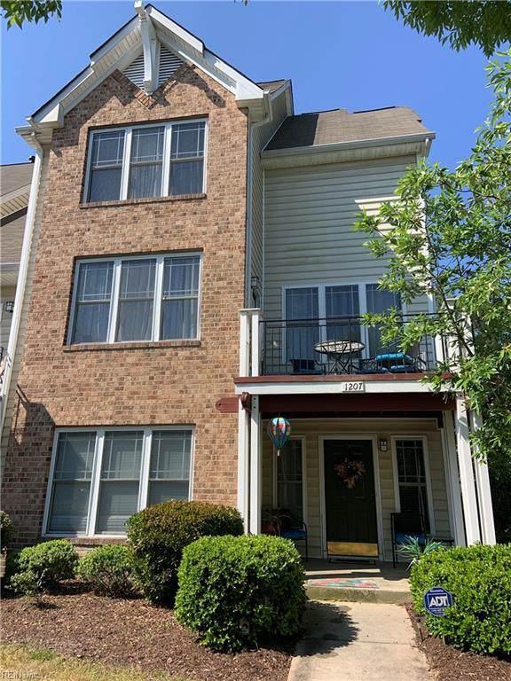 1207 Avondale Ln, Newport News, VA 23602 (#10381159) :: Berkshire Hathaway HomeServices Towne Realty