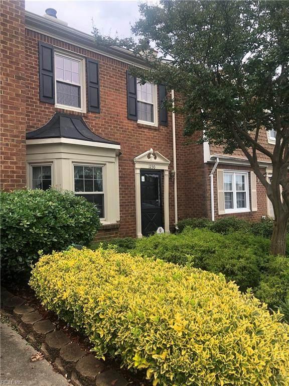 1230 Mill Lake Quarter, Chesapeake, VA 23320 (#10382153) :: Berkshire Hathaway HomeServices Towne Realty