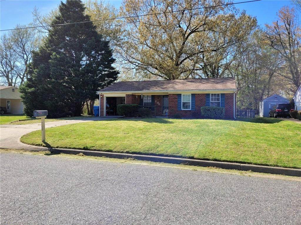 709 Lawrence Dr - Photo 1