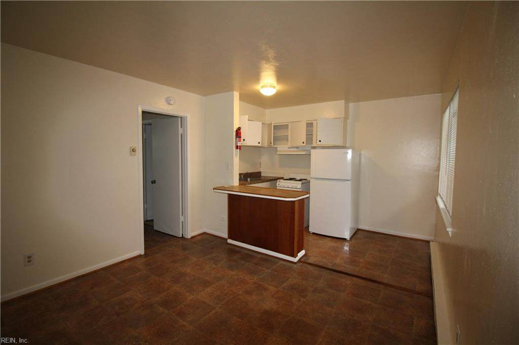 2915 Pleasant Ave - Photo 1