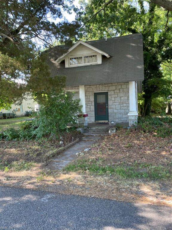 703 Oakland Ave - Photo 1