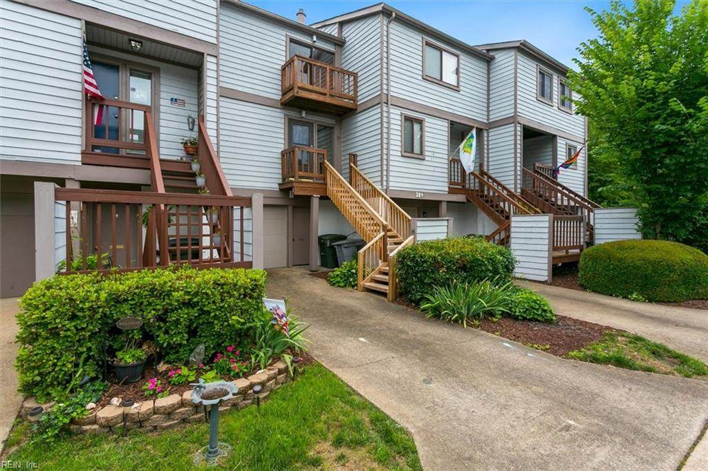 207 Mill Point Dr - Photo 1