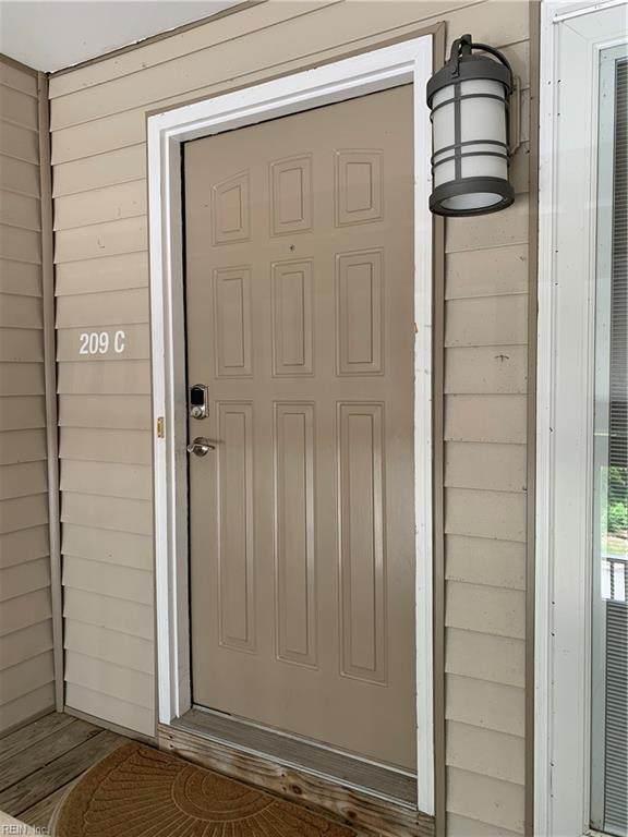 209 Island Cove Ct C, Hampton, VA 23669 (#10382902) :: Berkshire Hathaway HomeServices Towne Realty