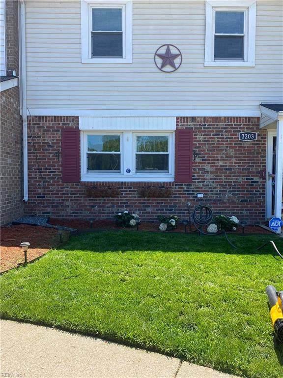 3203 Chesterton Ct, Virginia Beach, VA 23453 (#10383169) :: Berkshire Hathaway HomeServices Towne Realty