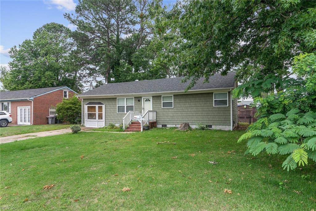 4004 Candlewood Dr - Photo 1