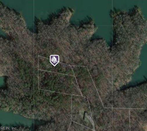 2806 Chickahominy Rd, James City County, VA 23168 (#10383802) :: Atkinson Realty