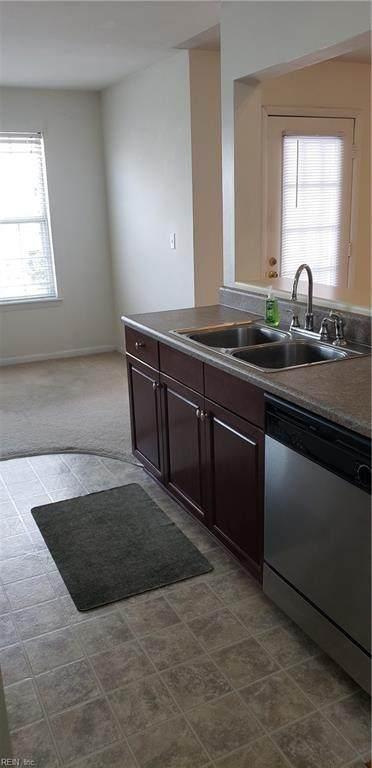 1840 Chantilly Ct, Virginia Beach, VA 23451 (#10384226) :: Berkshire Hathaway HomeServices Towne Realty
