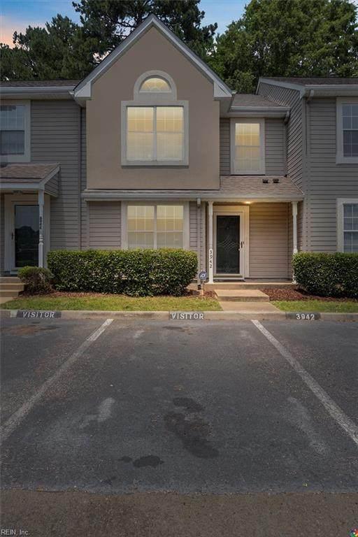 3942 Horse Run Gln, Newport News, VA 23602 (#10384956) :: The Kris Weaver Real Estate Team