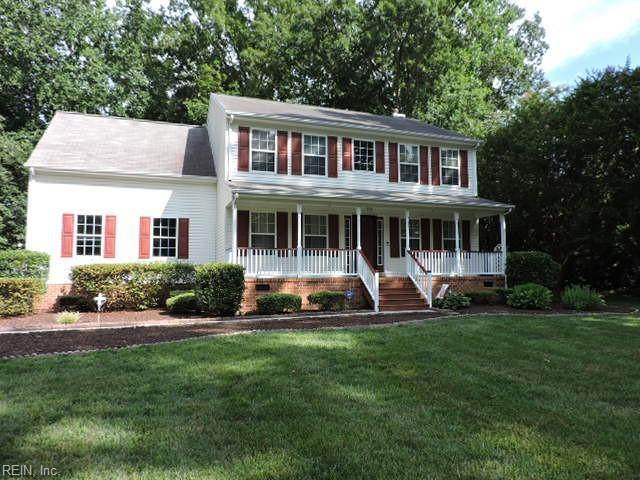 8286 Hamilton Dr, Gloucester County, VA 23061 (#10387610) :: The Bell Tower Real Estate Team