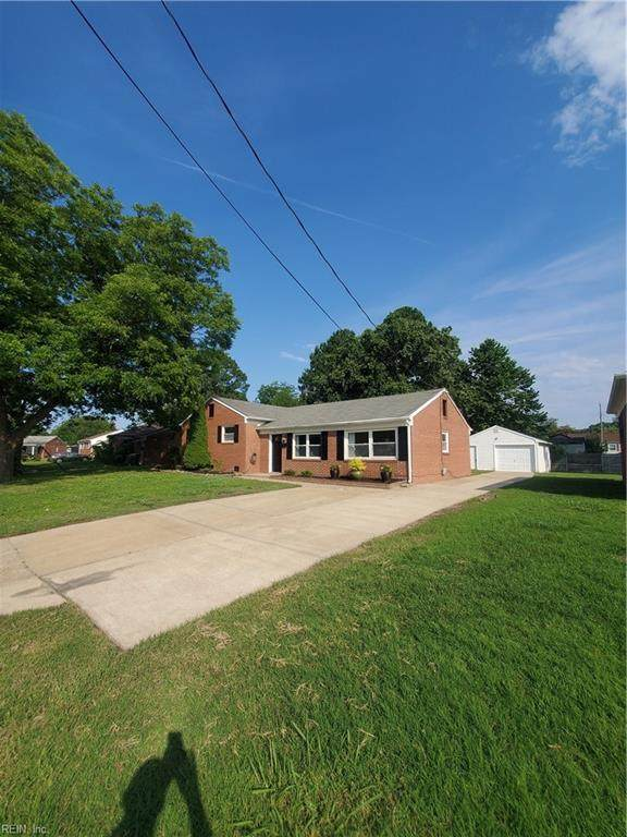 31 Longwood Dr, Hampton, VA 23669 (#10388232) :: Team L'Hoste Real Estate