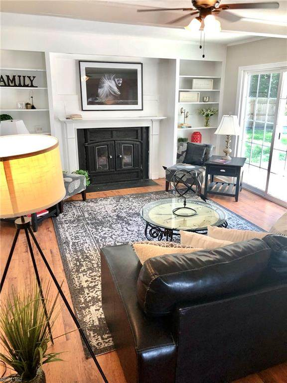 1449 Weyburn Ct, Virginia Beach, VA 23464 (MLS #10390083) :: Howard Hanna Real Estate Services