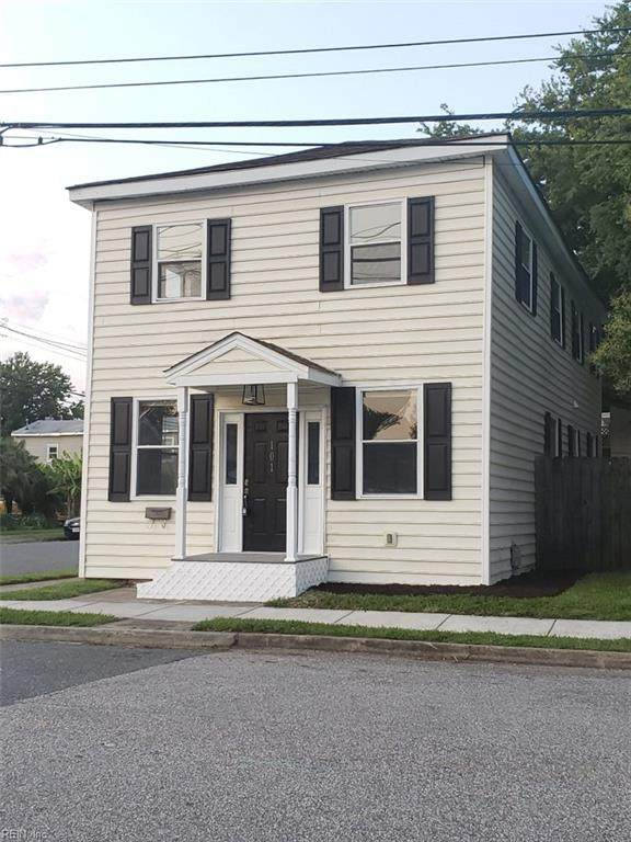 101 Downes St, Hampton, VA 23663 (#10390282) :: The Bell Tower Real Estate Team