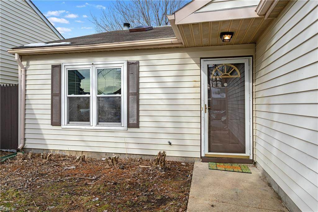 4720 Rugby Rd - Photo 1