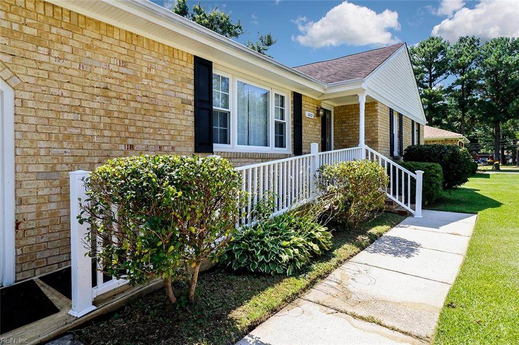 1013 Sippel Dr - Photo 1