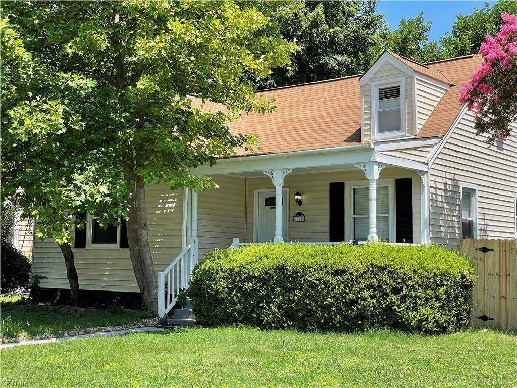 1310 Elm View Ave - Photo 1