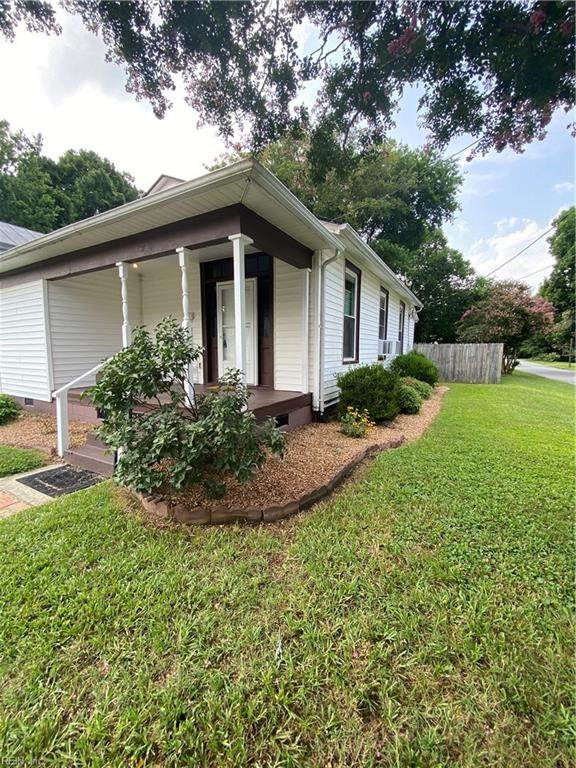 230 Highland Ave, Suffolk, VA 23434 (#10391462) :: RE/MAX Central Realty