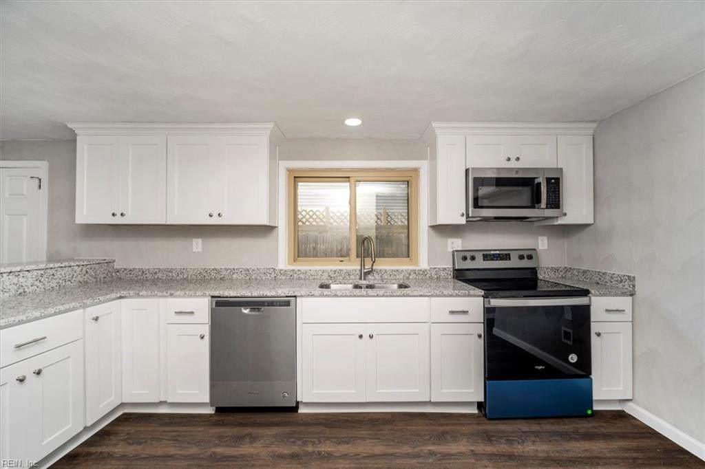 1520 Frost Rd - Photo 1
