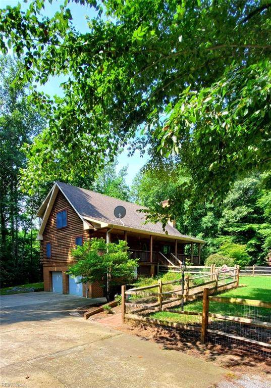 18246 Farmview Ln, Isle of Wight County, VA 23487 (#10392190) :: Berkshire Hathaway HomeServices Towne Realty