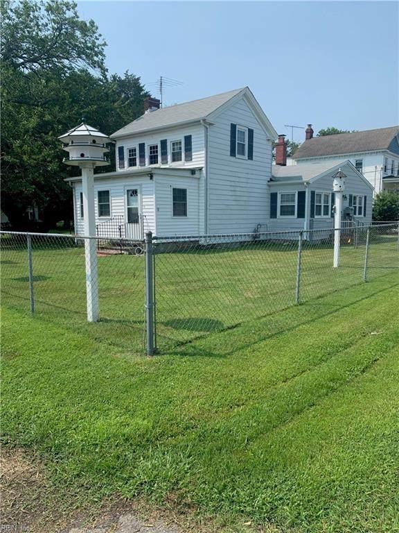 9 Lodge Rd, Poquoson, VA 23662 (#10392570) :: Atkinson Realty