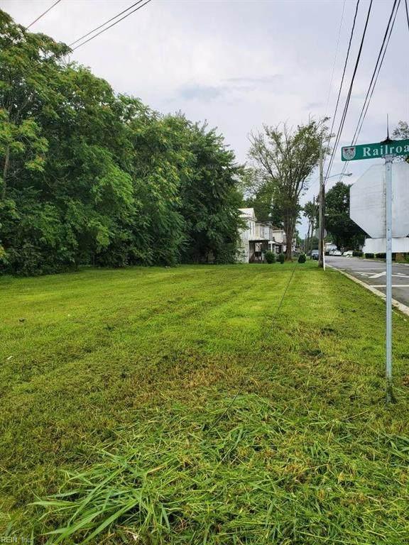 1101 Railroad Ave, Suffolk, VA 23434 (#10392937) :: Judy Reed Realty