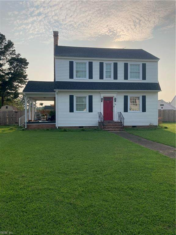 28 N Court St, Isle of Wight County, VA 23487 (#10393030) :: Team L'Hoste Real Estate